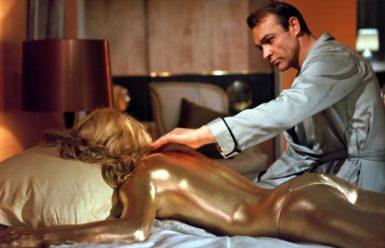 Cinedogs loves Bond. James Bond.