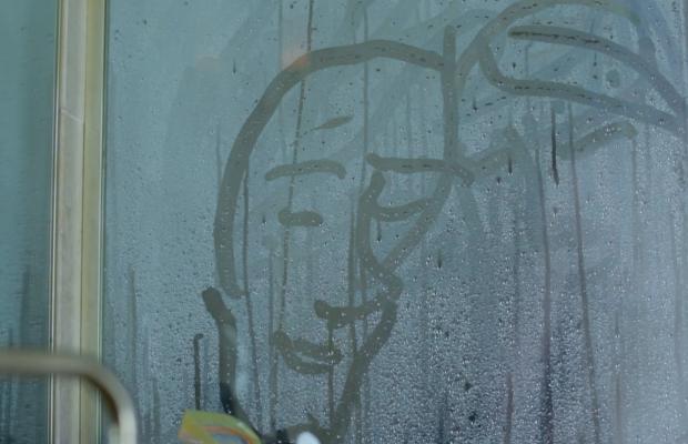 O Μισέλ Γκοντρί σκηνοθετεί το βίντεο κλιπ για το «City Lights» των White Stripes!